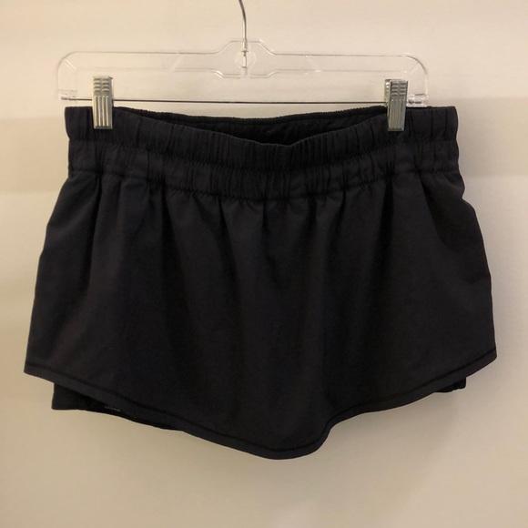lululemon athletica Dresses & Skirts - Lululemon black skirt, sz 10 70520